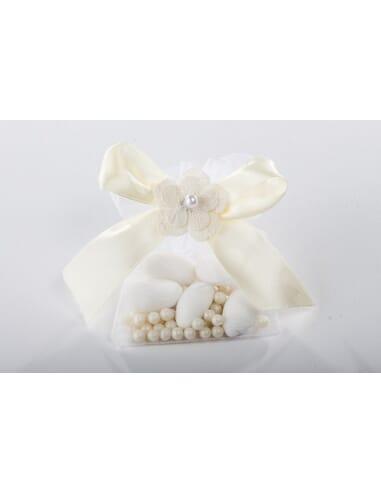 Confezione sacchetto con fiore bianco